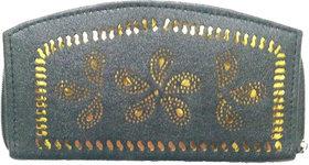 ARD Women's Trendy Zipper Type Clutch(Black)