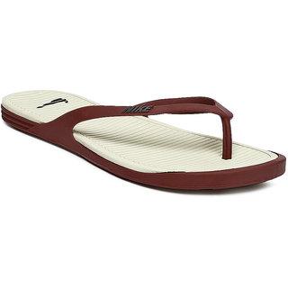 b1623a5b08d Buy NIKE MATIRA THONG Men s Slippers Online   ₹1299 from ShopClues