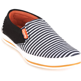 Quarks Men's Black Smart Slip On Canvas Casual Shoes