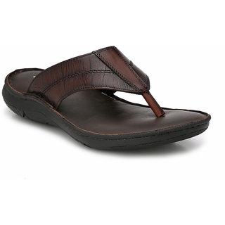 828e8b22d42b Buy Hitz Men s Brown Original Leather Sandals Online   ₹2095 from ...