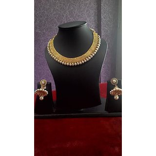 Ladies Patti necklace