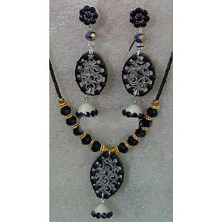 Girls Partywear Necklace Black And White