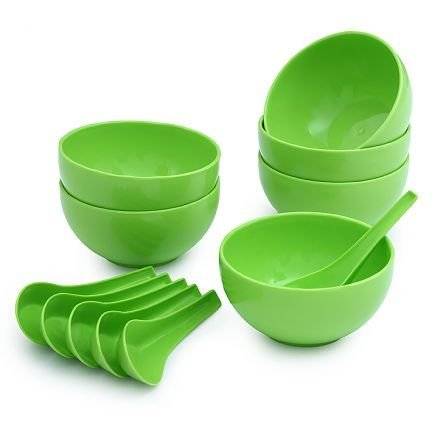Plastic Soup Bowl Set of 12pcs  6 Bowls 6 Soup spoons  Green