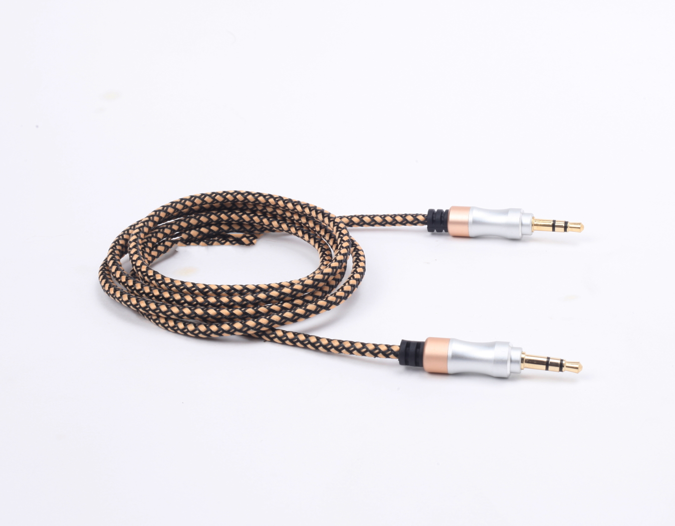 Mobijoy Nylon Braided Aux cable