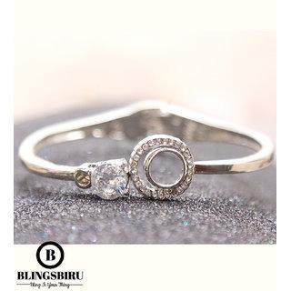 Blings Biru Round Designed Cuff Bracelet