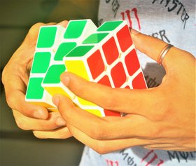 JUMBO Fast And Smooth 3x3x3 Speed Rubik's Magic CubeFor CompetitionRecommended