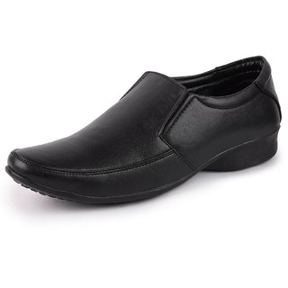 Lakhani Men Black Slip On Formal Shoes