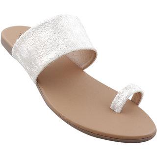 Picktoes Women Casualwear Golden Slip-on Flat
