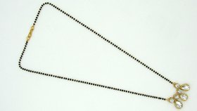Three Stone Kundan Pendant Necklace Manglasutra