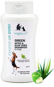 Wiggles Green Apple  Aloe Vera shampoo for Dogs (200 ml)