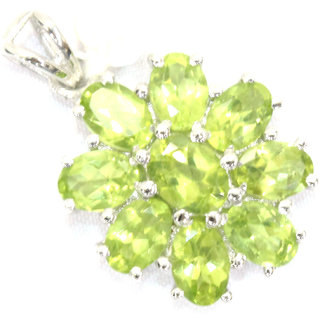 Handcrafted Female Pendant 925 Sterling Silver Natural Green Peridot Gem Stones