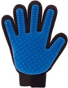 REGAL Animal Massage Cleaning Shedding Bath Gloves Hair Brush Comb (Multicolour)