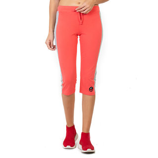 Envie Women's Red Cotton Capri
