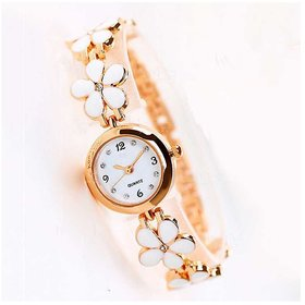 Lovely White Flowers Pretty Bracelet Rose Gold Chain Beautiful Collection Analog Watch - For Ladies /Women