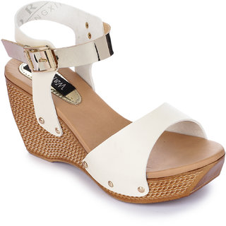Walkfree Women Casual Off White Wedges