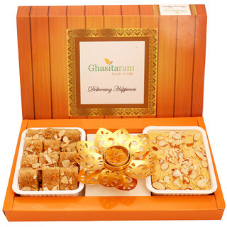 Ghasitaram Gifts Soan Papdi, Milk Cake and T-Lite