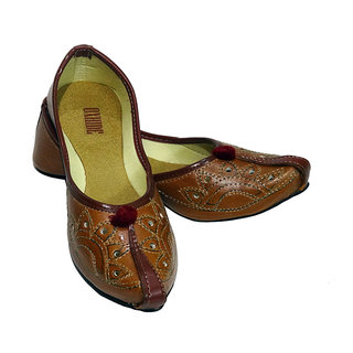 Oxhide Brown Ethnic Leather Footwear