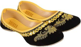 Oxhide Black Yellow Women Jutti