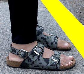 Woakers Men Grey Casual Sandal