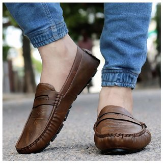 Monku Comfortable  Stylish Brown Driving Loafers Shoe For Men