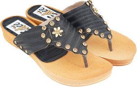 Edee Women Black Flats Sandal