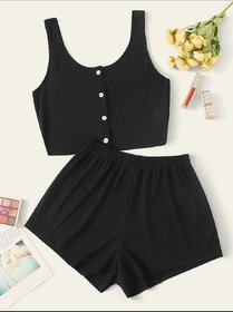 SPCasual crop top and shorts in black