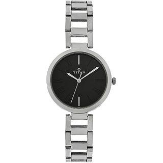 Titan Women's Tn2480Sm02 Stylish Chain Watch