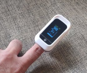 MedicoClouds Fingertip Pulse Oximeter