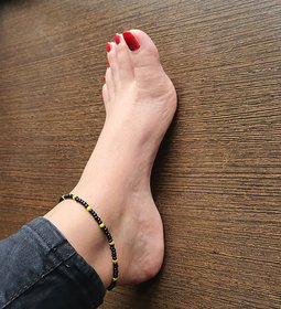 Trendly New Festive Collection Black & Yellow Anklet