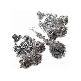 fashlook silver earrings with maang tikka set