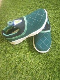 AFFIX  ENTERPRISES Unisex-Child Casual Shoes 4/5 year