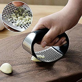 EXCLUSIVE NEW  Stainless Steel Kitchen Garlic Crusher and Plastic Portable Ginger