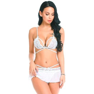 Quinize Ladies White Exotic Nighty (Offer - FREE Face Mask)
