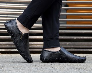 MarcoUno Black Designer,Comfortable and Latest Stylish Side-Zip Men's Shoes