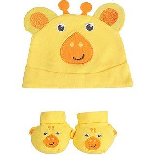 Fisher-Price Fisher Price Baby Cap & Booties Set Pack of 2 Yellow (Giraffe) (Yellow) 04 -18 months