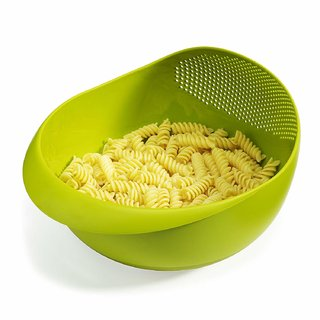 Plastic Multipurpose Veggie Fruit Strainer/Washing Drain Basket (Assorted Color)