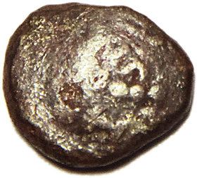 OLD INDIA COIN - GUPTA EMPIRE DRACHEM COPPER COIN - VERY SMALL  USED CONDITION  ANTIQUE COIN