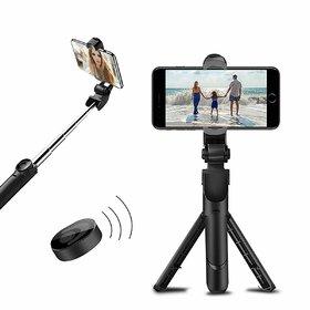 Crystal Digital XT-02 Wireless Mini Live Broadcast Extendable Bluetooth Selfie Stick cum Tripod for All Smartphones