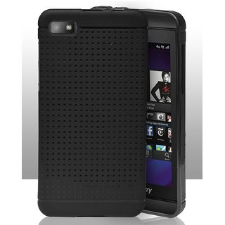 quality design d77fc 91683 Blackberry Z10 Dotted Soft Back Cover