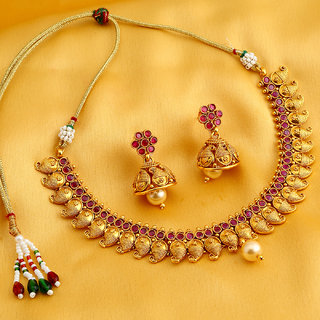 Sukkhi Attractive Kairi Gold Plated Choker Necklace Set For Women