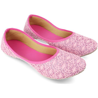 Be You Pink Embroideried Women Bellies / Juttis