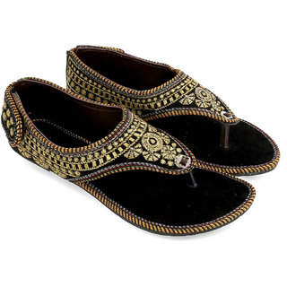Be You Black Embroideried Women's Kolhapuri Sandals