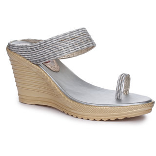 Picktoes Silver Wedges