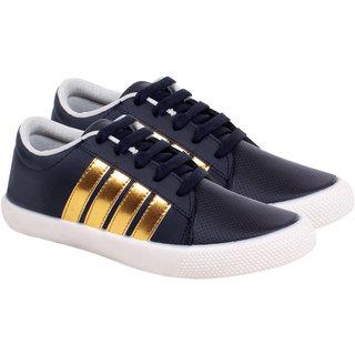 Buy Casual sneakers for men below 500