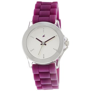 Fastrack Analog White Round Womens Watch-9827PP06