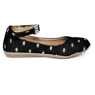 Zachho Black Jeans with Artificial Glitters Ballerinas