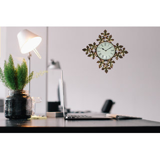 Master Crafts Multicolor Iron Wall Dcor Flower Shape Clock