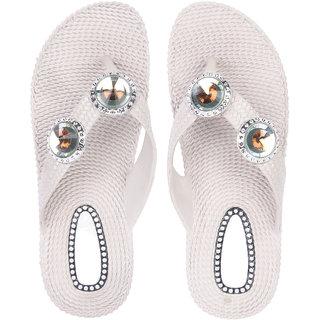 951627b53811 Buy Czar Flip Flops Slipper for Women RO-01 Beige Online - Get 72% Off