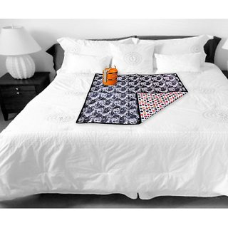 The Intellect Bazaar Waterproof PVC Bed Server Food Mat (36X36 inches), Black