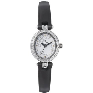 Titan Quartz White Oval Women Watch 2466SL01